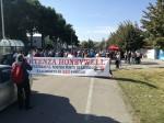 Vertenza Honeywell tra polizia e feste amare