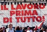 Una ripartenza lenta e con troppo lavoro precario: l'Abruzzo in piazza